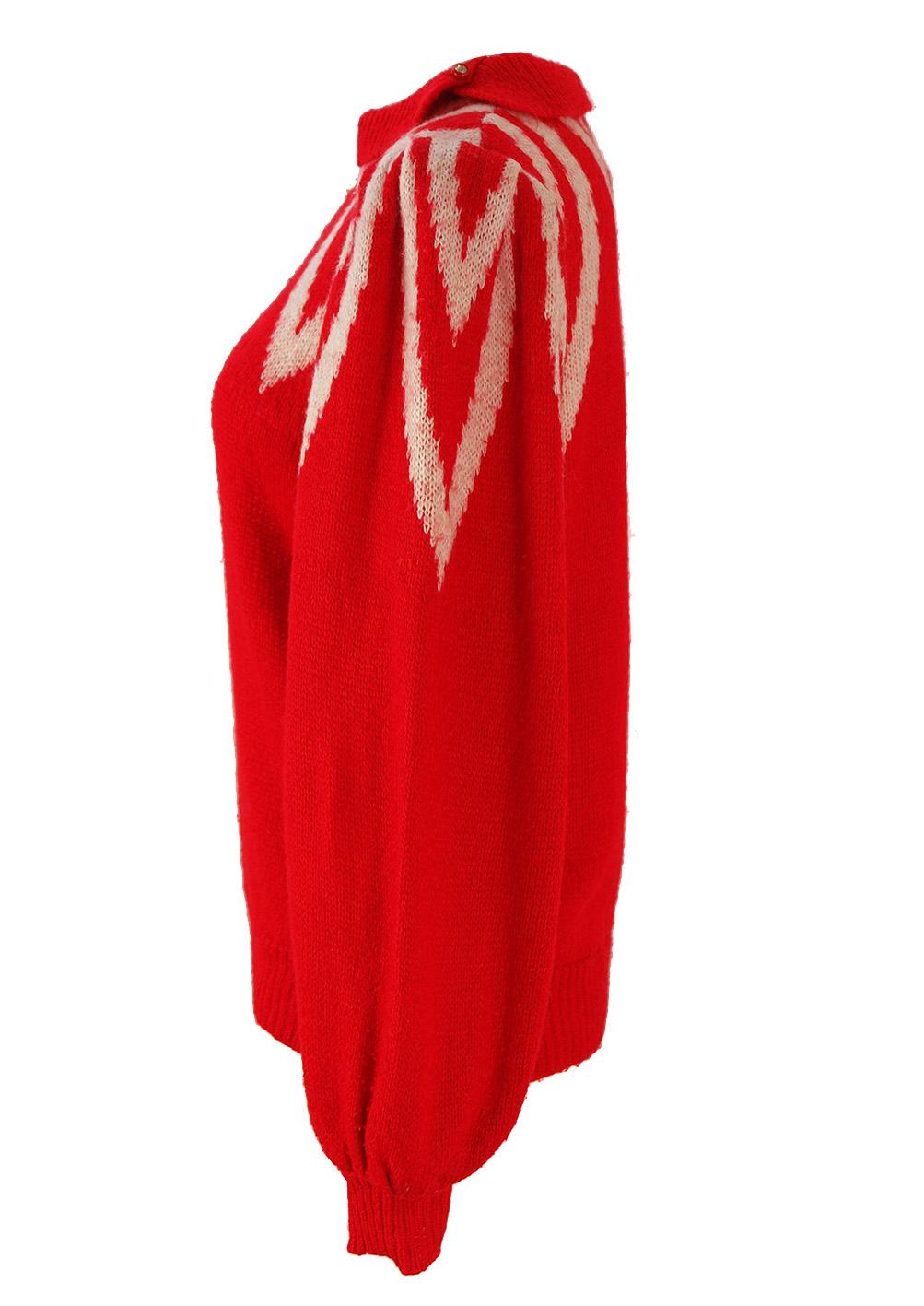 Red Jumper With White Neckline Pattern M Reign Vintage