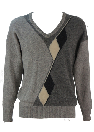 V Neck Lambswool Jumper with Grey, Cream & Black Abstract Argyle Pattern - M