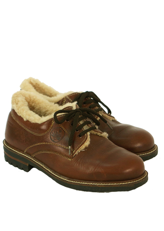 Shearling Lined Brown Leather Lace Ups with Stitch Detail - UK Size 6