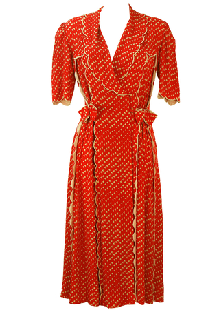 Vintage 1940's Housecoat with Red & Cream Triangle Pattern and Scallop Edge Detail - S