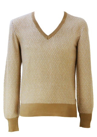 V-Neck Jumper with Camel & Cream Graphic Striped Pattern - S/M
