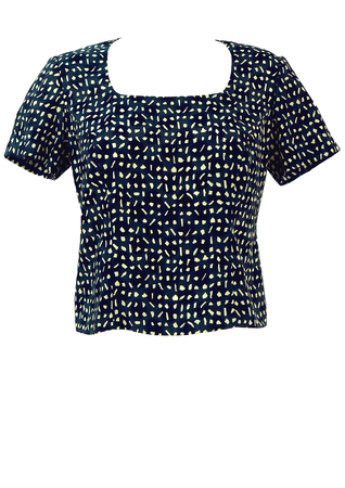 Short Sleeved Blue & White Patterned Top - M